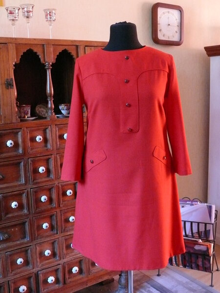 Rotes Kleid aus Bernina Blog