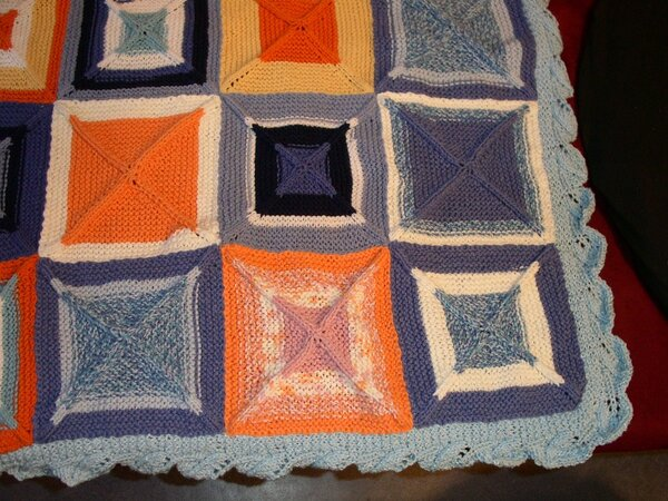 Strickdecke aus Quadraten - Detail