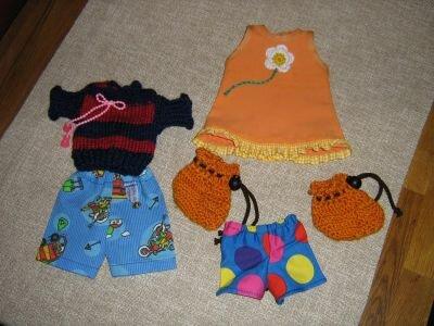 Puppenkleider für die Mietzekatze