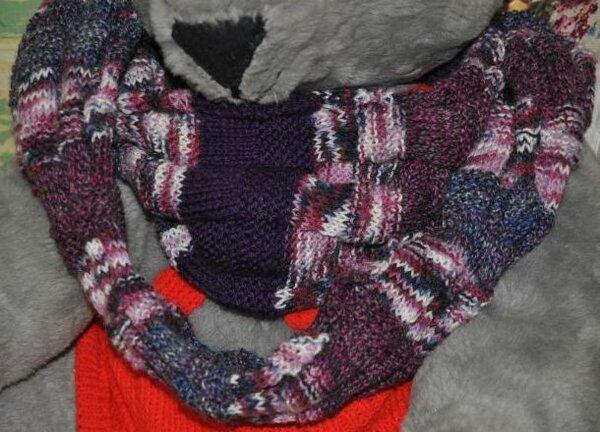 Loop aus Resten von Sockenwolle