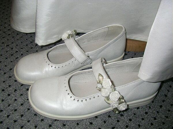 Passende Schuhe