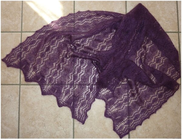 Lace Tuch