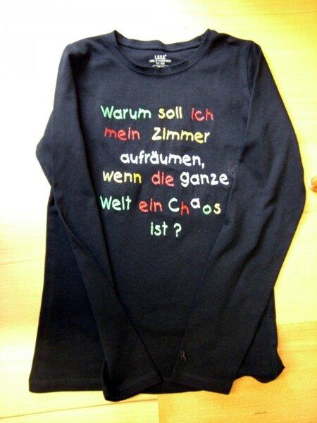 Schwarzes Shirt für eine 14-Jährige