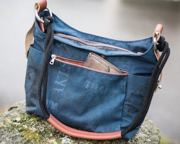 Tasche Dany von Machwerk mit Siebdruckstoffen