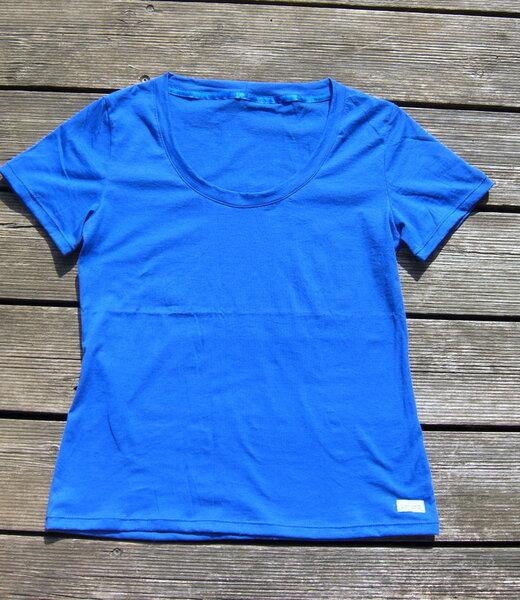 done Shirt Trigema blau