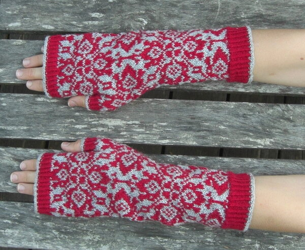 done: tapestry mitts