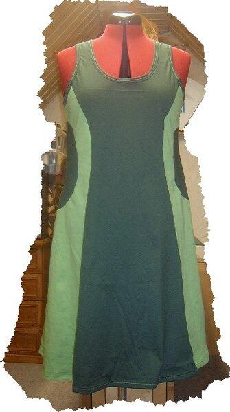 Kleid Bekie aus  Ottobre 2/2013
