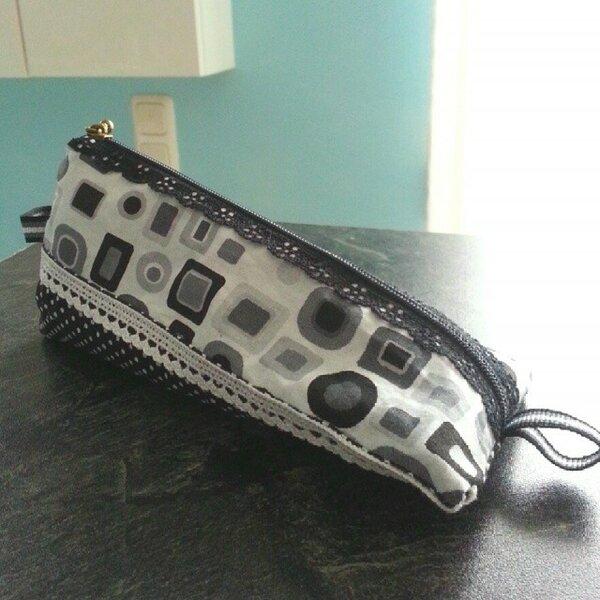 lacezipperbag
