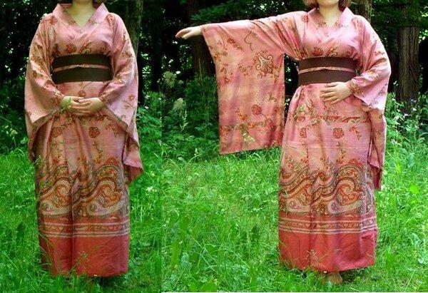 Kimono-Bademantel