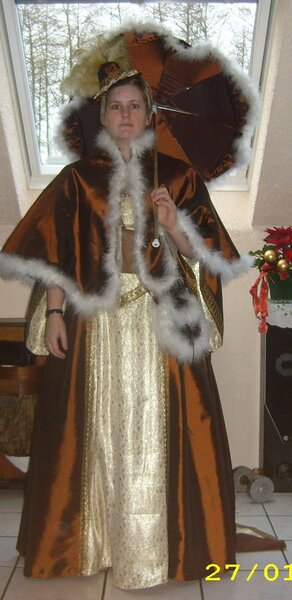 MCCalls 6097 viktorianisch angehauchtes Kostüm