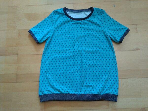 T-Shirt Sternchen hellblau mit Glitzer-Bündchen