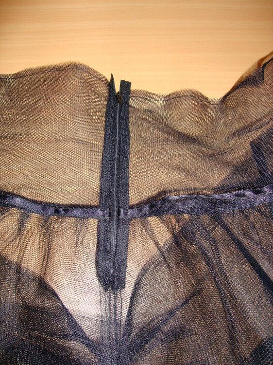 Petticoat_Reisverschluss.JPG