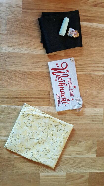 02 Happy A ausgepackt.jpg