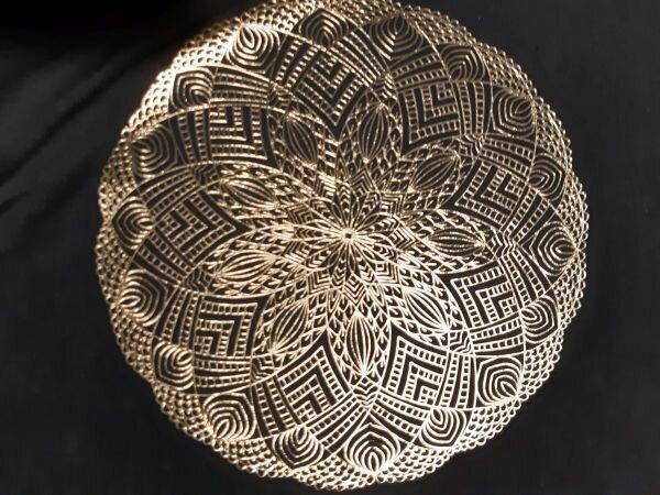 Mandala aus Metallicfolie