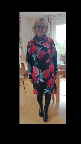 Kleid Stoffscheune.jpg